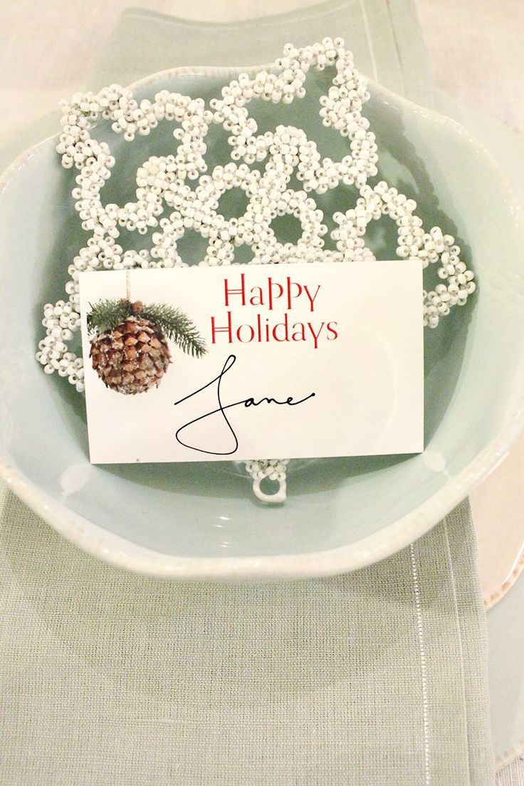 7 Printable Place Cards for Your Christmas Table | Cards