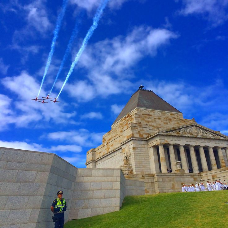 Remembering lives lost at the Shrine of Remembrance Melbourne, RAAF flyover