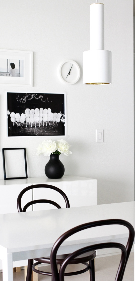 Via A Merry Mishap | Black and White | Menu Vase | Artek Lamp
