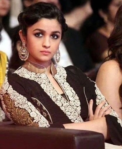 Alia-Bhatt-Hot-and-Cute-Latest-Unseen-Image-11124525-5