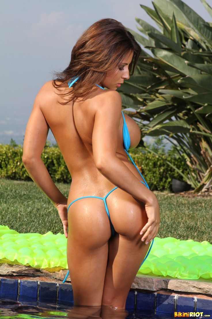 Pornstar bikini thong GREAT
