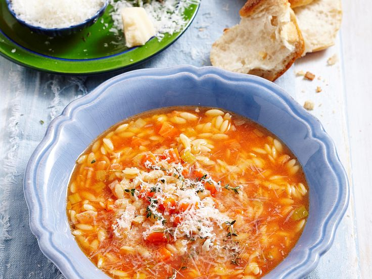 Excite your tastebuds with this delicious authentic Italian risoni soup! Full of tasty wholesome ingredients - perfect for dinner on the cooler nights!