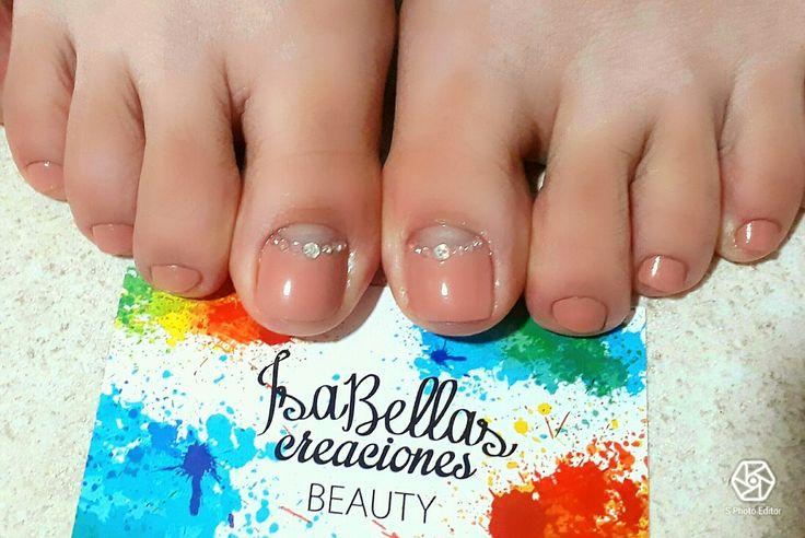 #arteconamor #uñaslindas #beauty #Isabel #gemas #pies #nails #masglo #colordiva