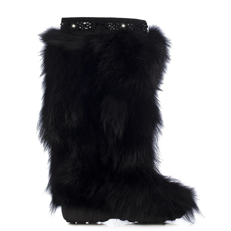 Mountain boot in Powder, black fox fur and crystals Cross-clamb with crystals as decoration on boot-leg. Rubber sole. - See more at: http://www.lesilla.com/en/shop/prodotto/stivale-montagna-in-powder-pelliccia-di-volpe-nero-e-cristalli-neri-83572/#sthash.iAGDDGcU.dpuf