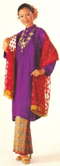 Baju Kurung Cekak Musang.