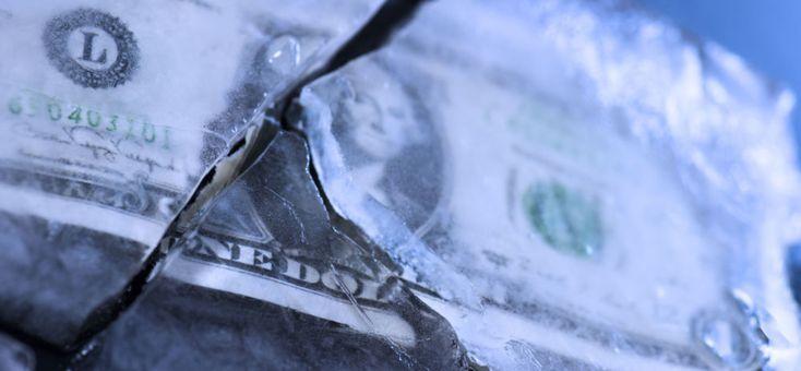 Ευρασιατική Ένωση: πώς να ξεφορτωθείτε γρήγορα το δολάριο; ~ Union Eurasiatique: comment se débarrasser rapidement du dollar?