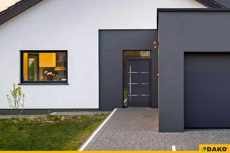 brama garażowa, gładki panel, szary antracyt, okna, drzwi zewnętrzne, drzwi wejściowe, drzwi aluminiowe, model CAURA, okna aluminiowe