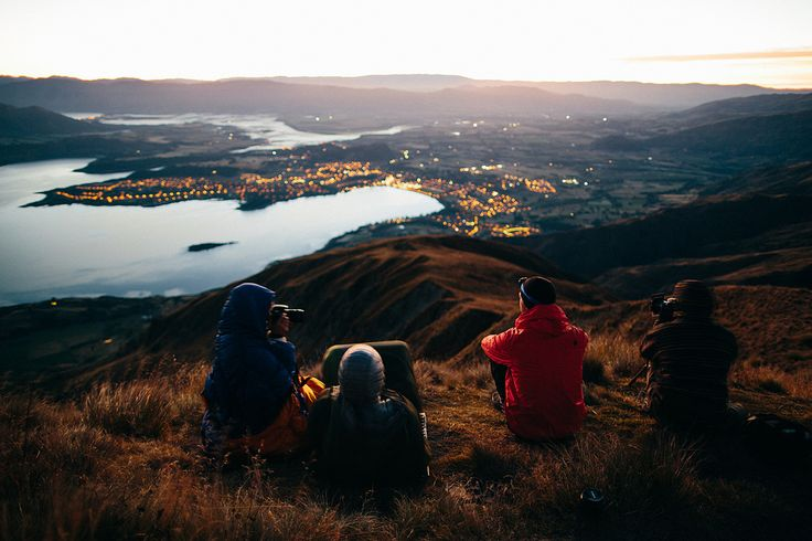 https://flic.kr/p/rCUMKq | Good times at the top | Waiting for sunrise on top of roys peak. Great people, great light, great weather - just perfect!  Follow me on Instragram  More on my blog: German English