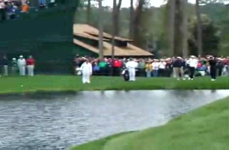 Golf Ball Swims Into Hole, skip hop and in the hole!  #golf #pro #waterhazard