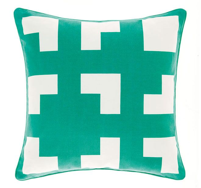 deco-city-living-45x45cm-filled-cushion-green