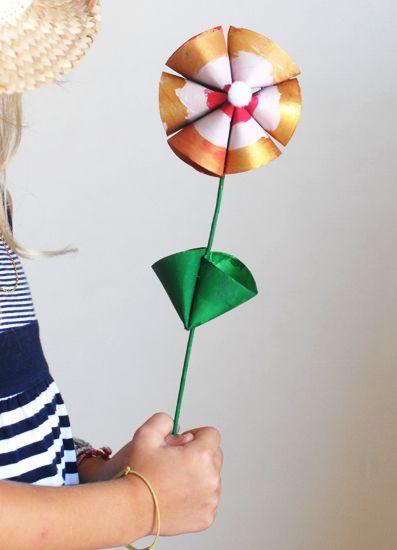 Fleur en rouleaux de papier toilette | jouonsensemble