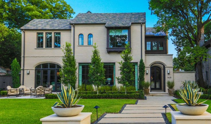 This estate's impressive #landscape #design is by Frisco, TX-based Aquaterra Outdoor Environments. See more here: http://luxesource.com/resources/aquaterra-outdoor-environments. #luxeDallas #luxemag #luxemagazine #luxurydesign #interiordesign #interiors #architecture