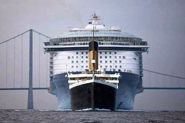 Titanic vs cruiseship