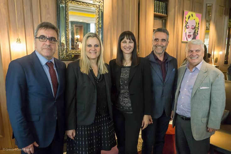Kountoura Expects Over 30 Million Tourists in Greece in 2018