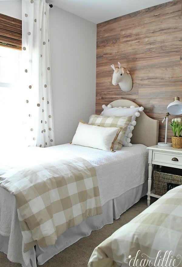 Girls bedroom. Ikea duvet and shams.