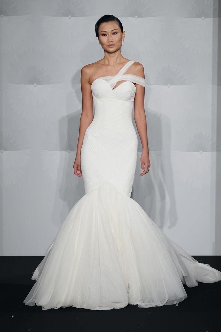Lisa robertson in wedding dress - Wedding Gown Gallery