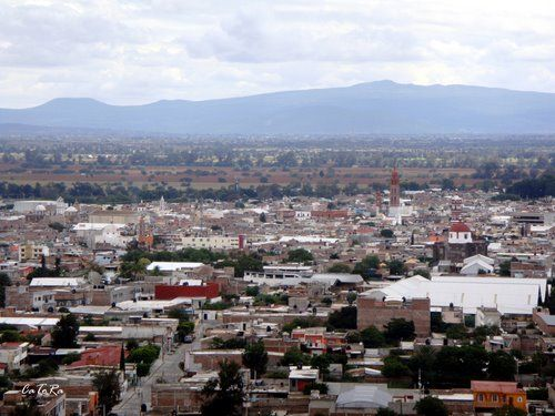 valle de santiago women Valle de santiago is a municipio (municipality) in the mexican state of guanajuato, and also the name of its largest township and cabecera municipal (municipal seat.