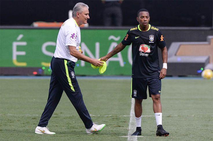 Pedro Martins / MoWA PressRobinho e Fábio Santos, do Galo, serão titulares da Seleção em Jogo da Amizade