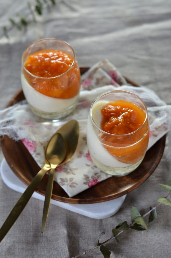 Panna cotta au mascarpone et compotée d'abricot {recette maison végétarienne}