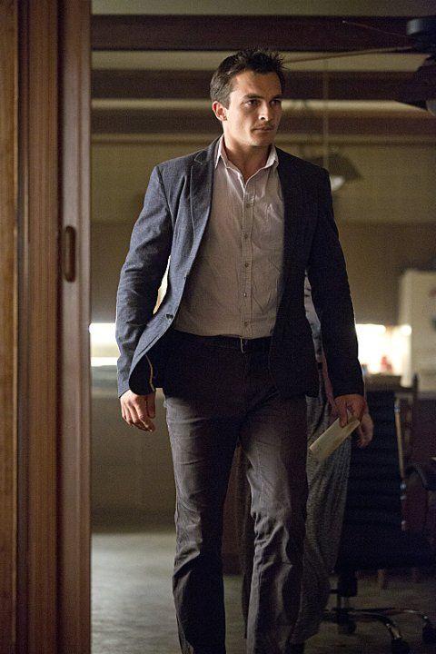 Rupert Friend as CIA assassin Peter Quinn in Homeland. Dashing but deadly!