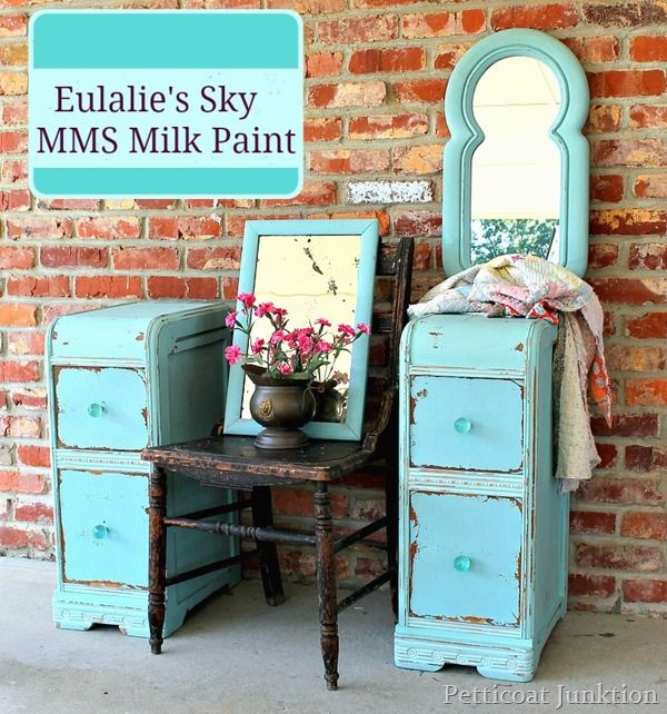 Oh my! This new turquoise from Miss Mustard Seed's milk paint line is gorgeous!