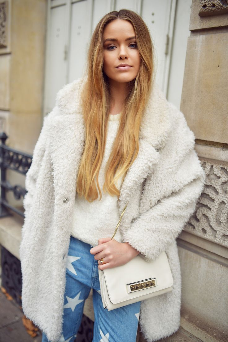 White Gérard Darel coat and Valentino bag