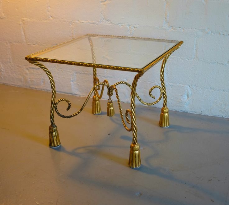 Awesome Hollywood Regency Italian Gold Rope And Tassel Side Table