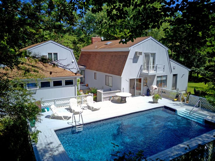 See you Sunday, Feb 11th from 11am to 12:30pm at the Open House tour of an artist's compound at 2 Close Court, East Hampton.  Close to ocean beaches and East Hampton Village this home and studio for sale is a rare find.  Reach out to Andrea Mammano, Licensed Associate Real Estate Broker, 631.324.8080 for more information.  #realestate #properties #househunting #home #nyrealestate #townandcountryrealestate #milliondollarlisting #artiststudio #onthemarket #easthampton #montauk #pool #backyard