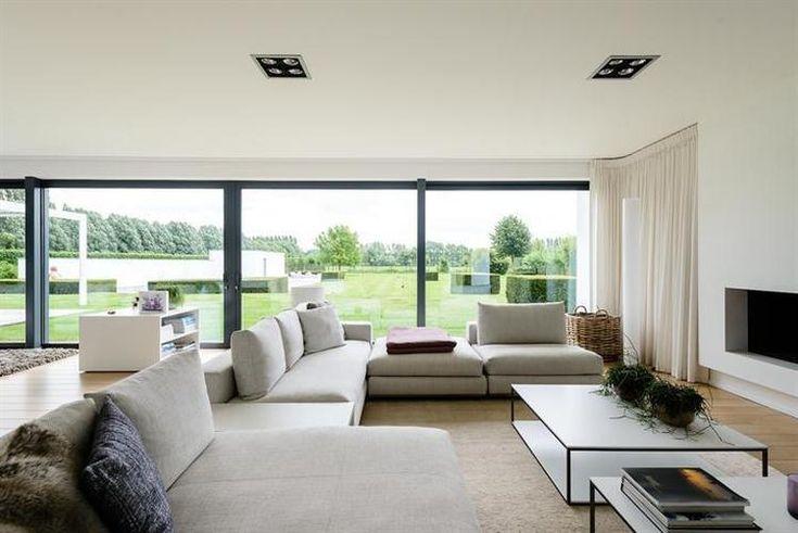 Bekijk de foto van bianca.seels met als titel Mooie zitbank - strak & warm…