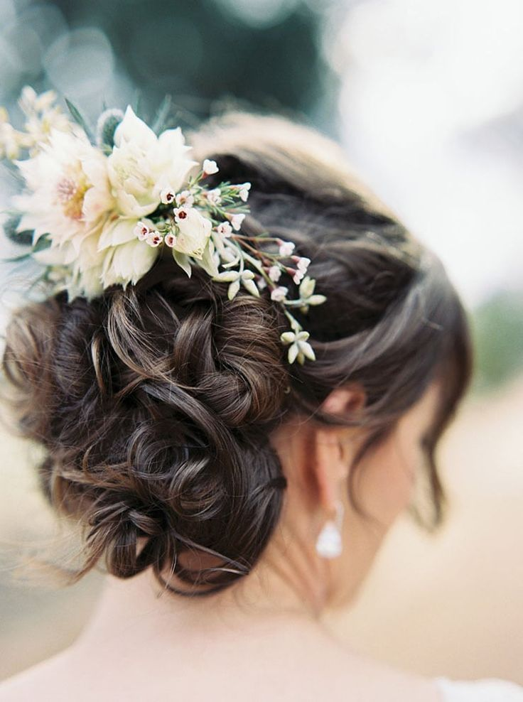 Elegant rustic wedding hairstyle with blushing bride flower comb and romantic curled updo | Sheri McMahon Photography