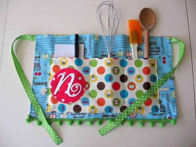 SEW cute!  This would precious for a little girl who wants to help mommy in the kitchen.