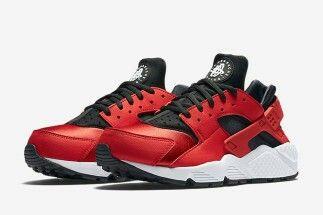 Nike Huarache in Red, black and White