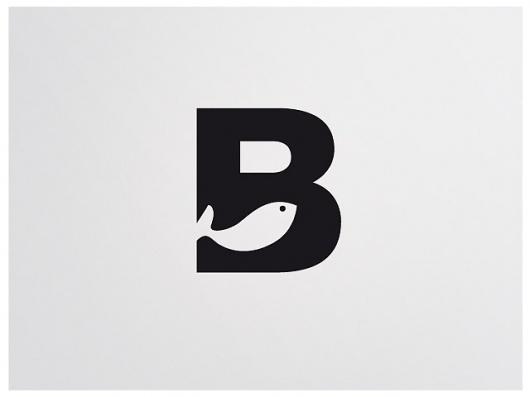 logo : B
