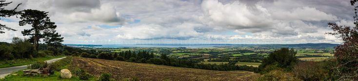 panoramiques | panorama de la Baie de Douarnenez depuis la Montagne  - à Locronan  © Paul Kerrien https://en-photo.fr Finistère Bretagne MyFinistere