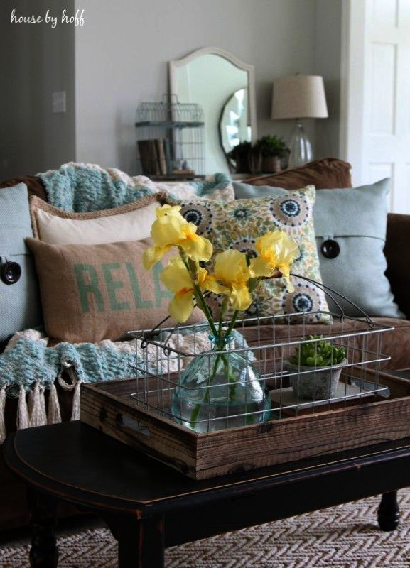 Coffee Shop Near Me Right Now Our Coffee Near Me Charleston Sc Whenever Coffee Grinder Brown Living Room Yellow Decor Living Room Living Room Decor Brown Couch