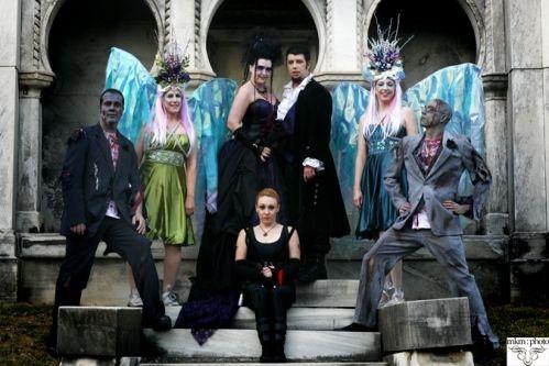 halloween wedding? i reaaally do kinda like this idea. a lot.