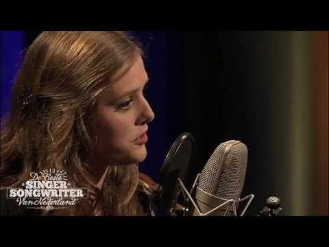 ▶ Maaike Ouboter - Dat ik je mis - De Beste Singer-Songwriter aflevering 2 - YouTube