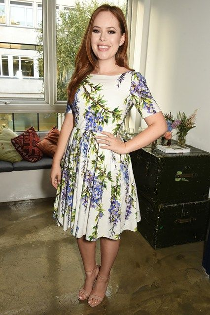 Tanya Burr makes first public appearance since her wedding