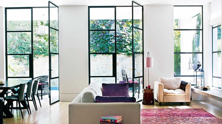 black-frame windows & doors: getting them right. Photography by Prue Ruscoe and Castle+Beattie. Interior Design by Sally Greenaway.
