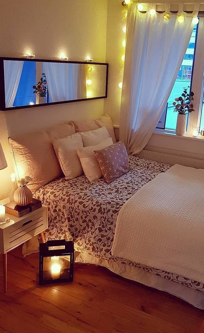 63 Cute And Modern Bedroom Interior Design Ideas 2018 Page 13 Of 63 Lasdiest Com Daily Women Blog Small Room Bedroom Bedroom Decor Small Bedroom