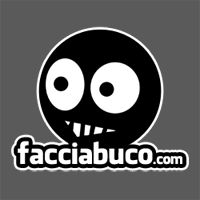 Tutto il peggio di internet e oltre lo trovi solo su Facciabuco, un social network che fa dell'ironia e dell'umorismo la sua connotazione principale. Facciabuco, il peggior social che ci sia!