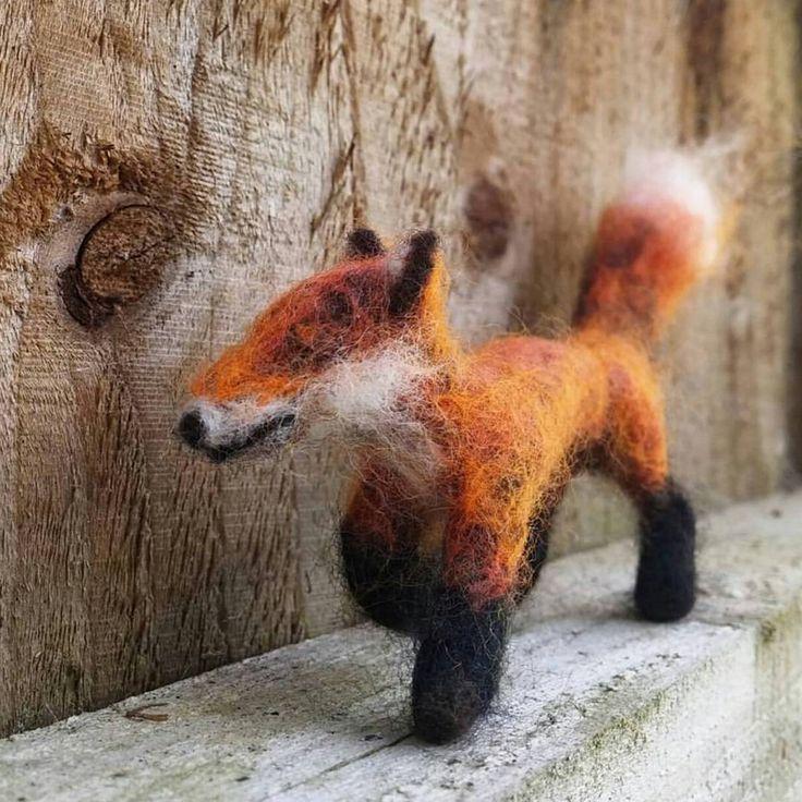 I did a #needlefelting kit of a fox, a few years ago but this was my first original #felt #fibreart #felting #fox #fibresculpture