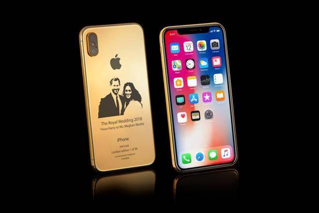 أبل تحتفل بزفاف هاري وميجان بـ أيفون من الذهب والماس أصدرت شركة أبل جهاز آيفون ذهبي فخم يحمل صو Rose Gold Iphone Iphone Apple Iphone 7 32gb