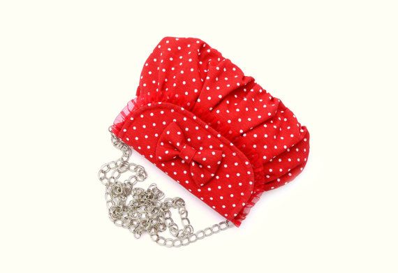 Borsetta a tracolla rossa con pois bianchi - Red little bag with bow by MariposaCreazioni #italiasmartteam #etsy