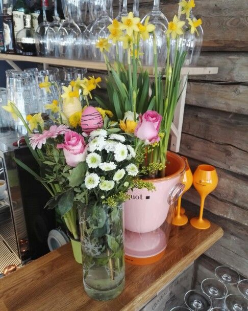 Spring and easter. Veuve Cliquot, champagne, restaurant, boutique hotel.