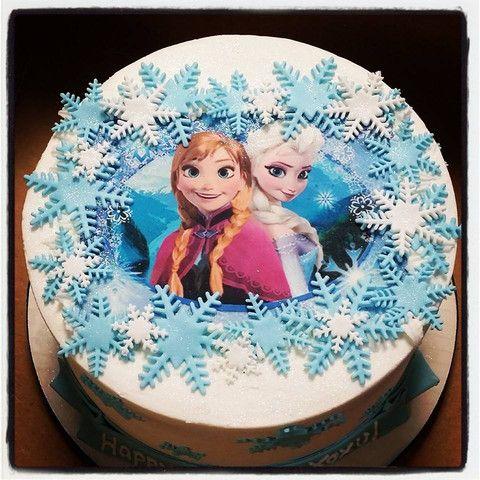 Anna & Elsa Frozen Buttercream Cake
