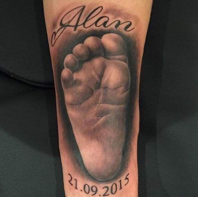 Hyperrealism Baby Foot Tattoo by Slawek Sadowski
