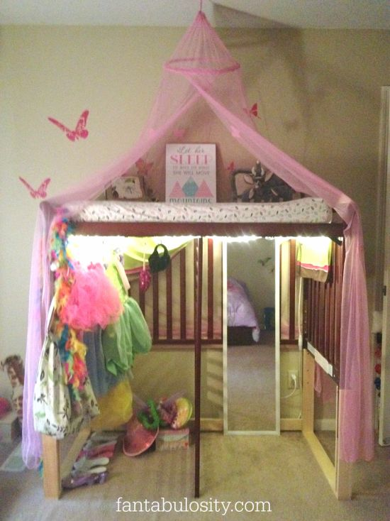 Turn your crib in to a dress up, dressing room! http://fantabulosity.com