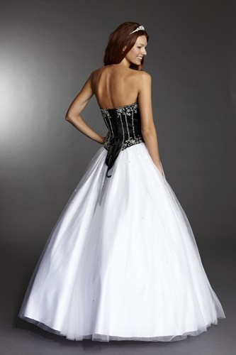 Could this dress from Tiffany's UK be the 2013 Prom Queen dress at your prom?