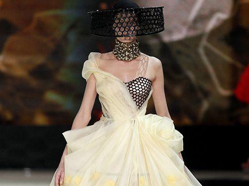 サラ・バートンやヴァレンティノなど、豪華デザイナーがNYCバレエ団の舞台衣装を担当!